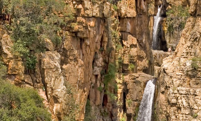 Let's go hiking in the Magaliesberg!